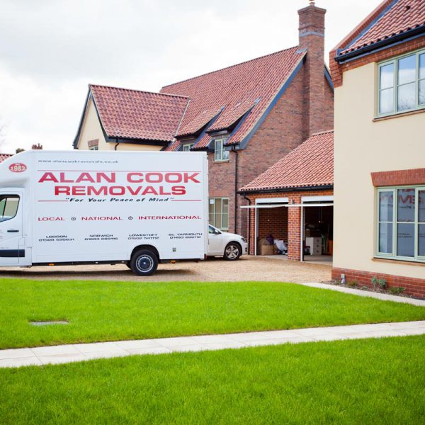 part load service uk family movers removals company in dereham norfolk. Black Bedroom Furniture Sets. Home Design Ideas